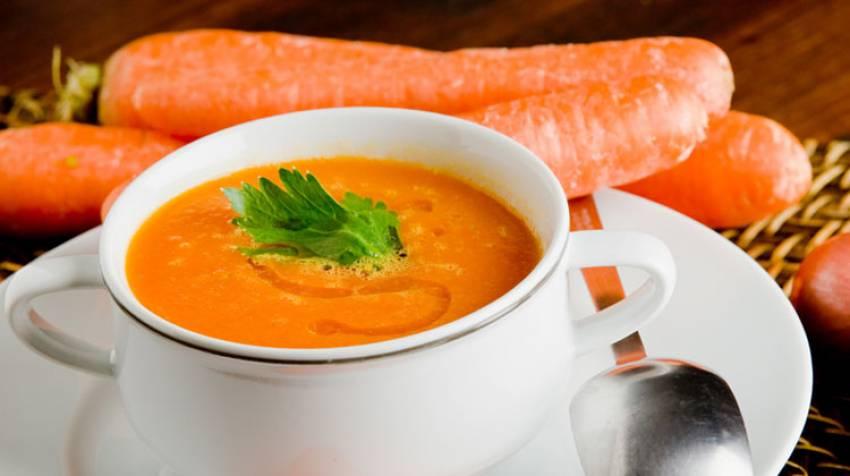 Crema de zanahorias y espárragos