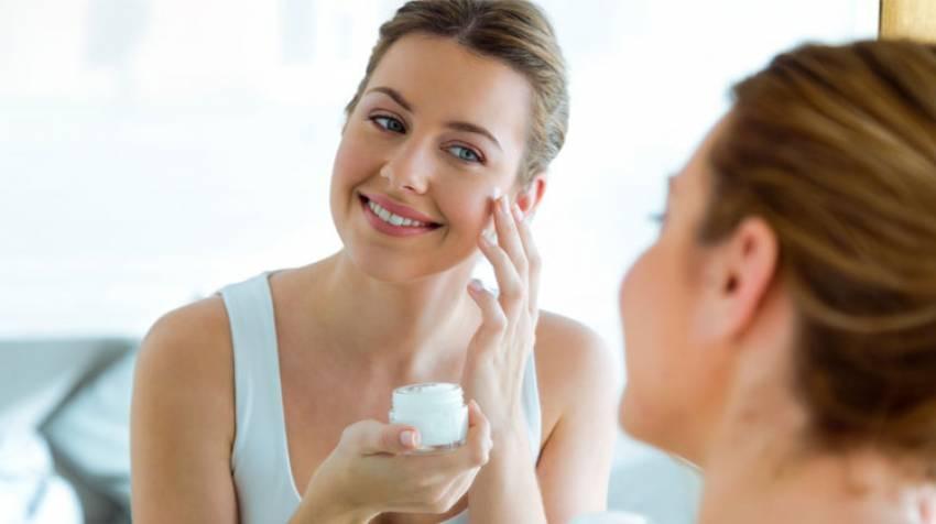 Consejos para una piel sin brillos faciales