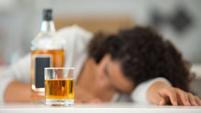 Alcohol, los peligros de una copa de más