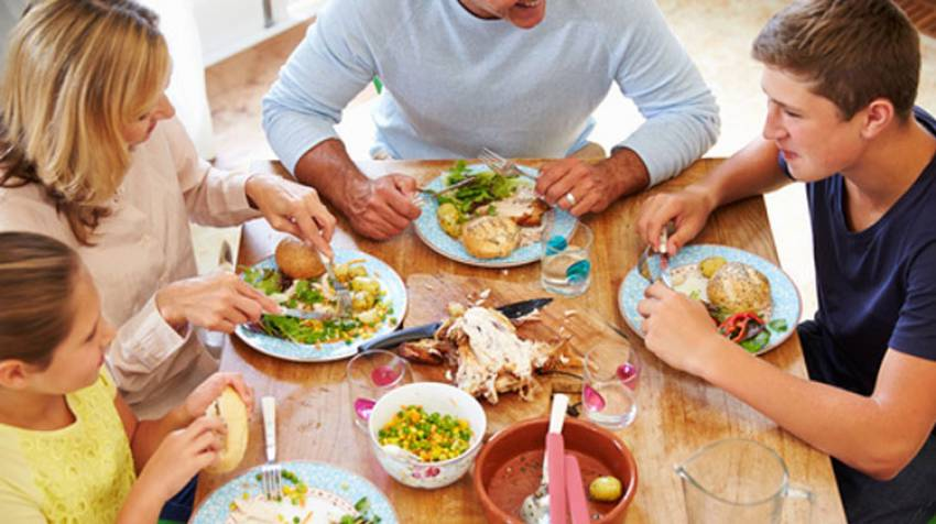 En la mesa: Comer en familia