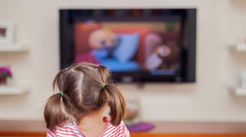 Niños y televisión ¿Cuánto tiempo deben verla?